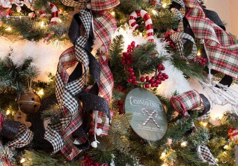 Farmhouse-Nostalgic-Christmas-Tree-Ornaments