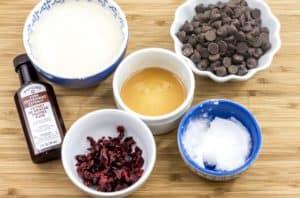 Paleo Peppermint Bark Ingredients