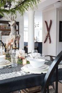 farmhouse-christmas-dining-room