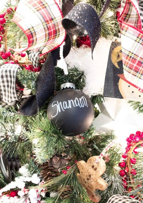 Chalkboard Christmas Ball Ornaments – Easy Personalized Christmas Ornaments