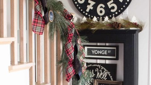 Farmhouse Christmas Entry and Landing – Home for the Holidays