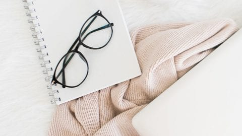 How to Keep a Prayer Journal + a FREE Printable 30-Day Devotional Journal
