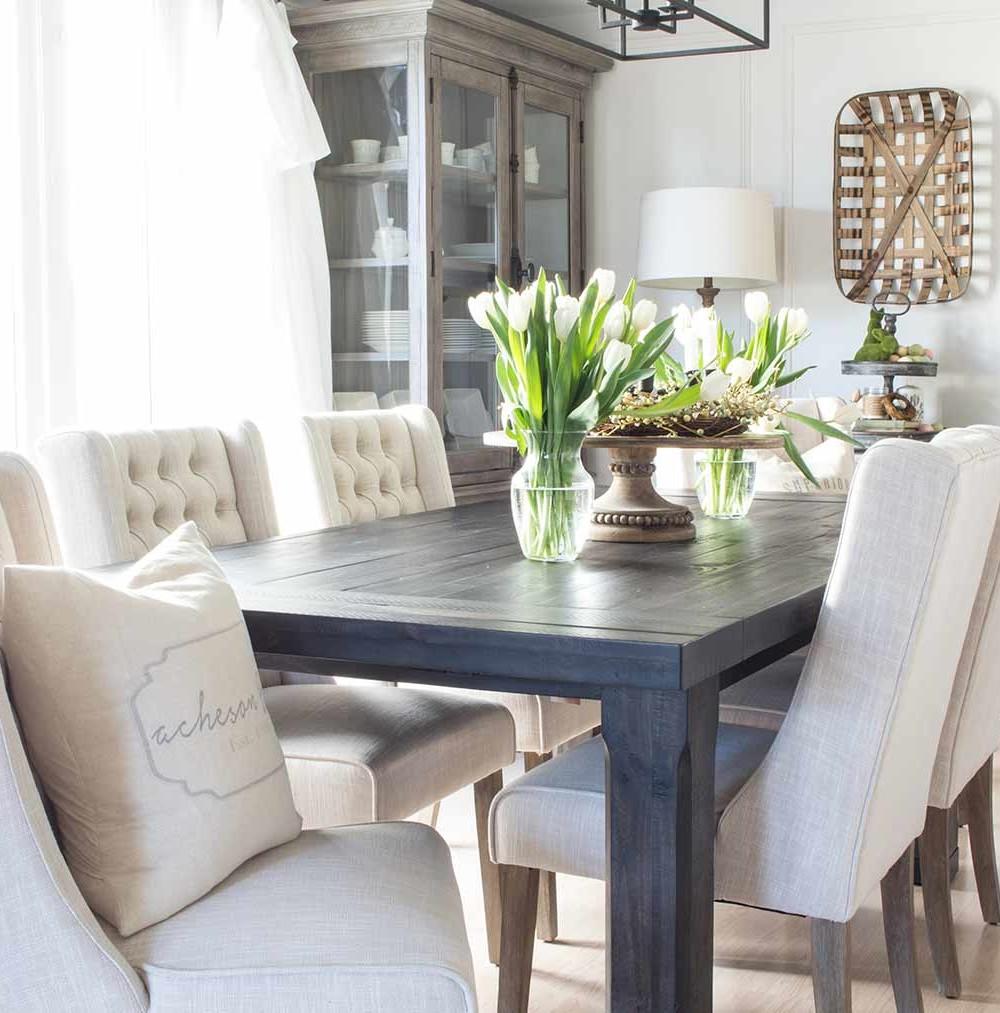 Dean and Shannon's suburban farmhouse dining room reveal.