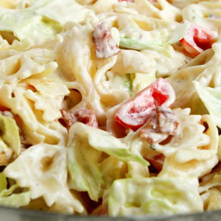 blt pasta salad close up detail