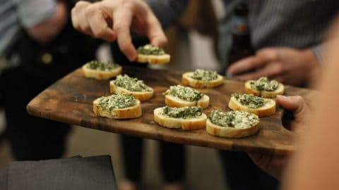 5 Tips for Hosting Guests with Food Allergies at Your Party
