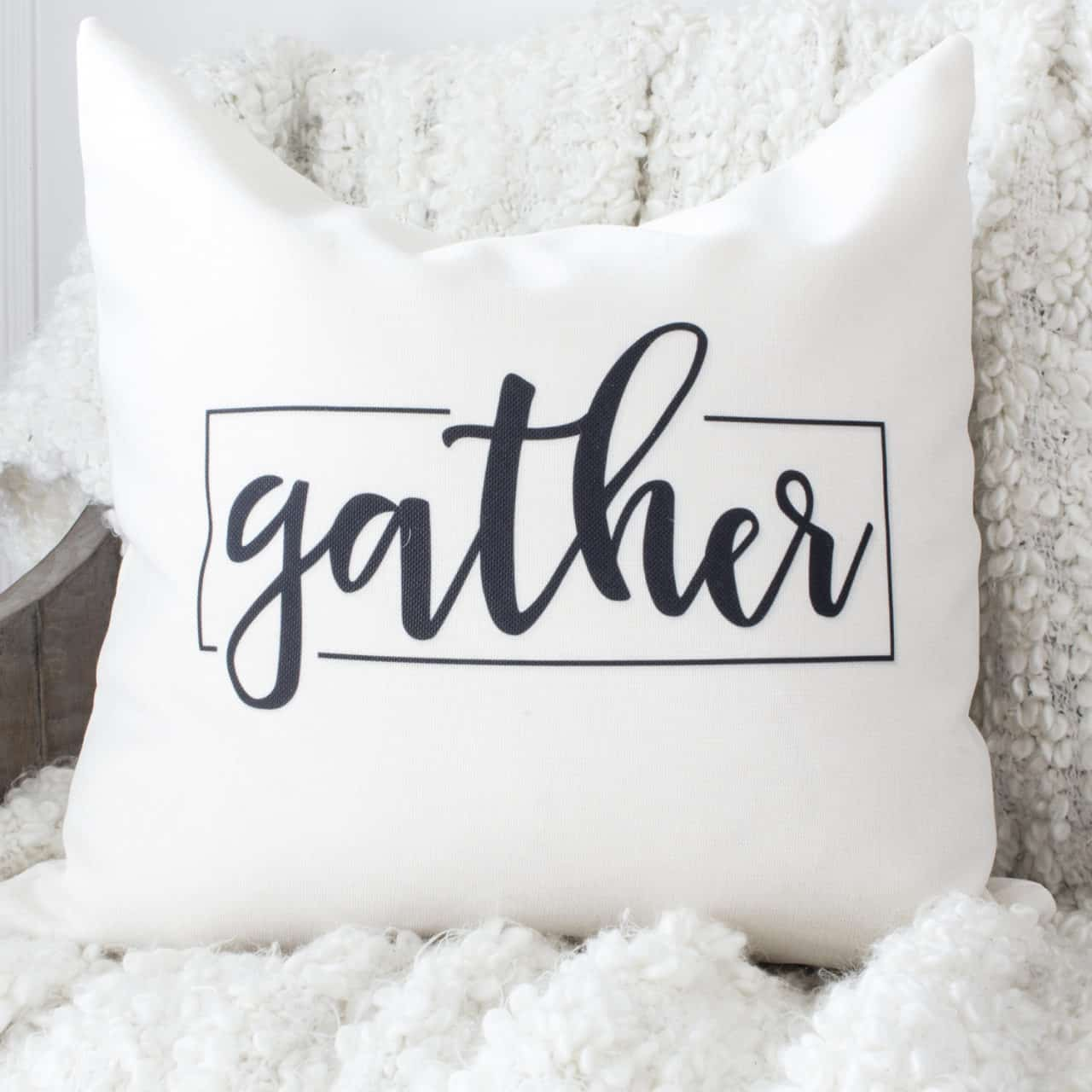 HML Collection pillow gather for fall