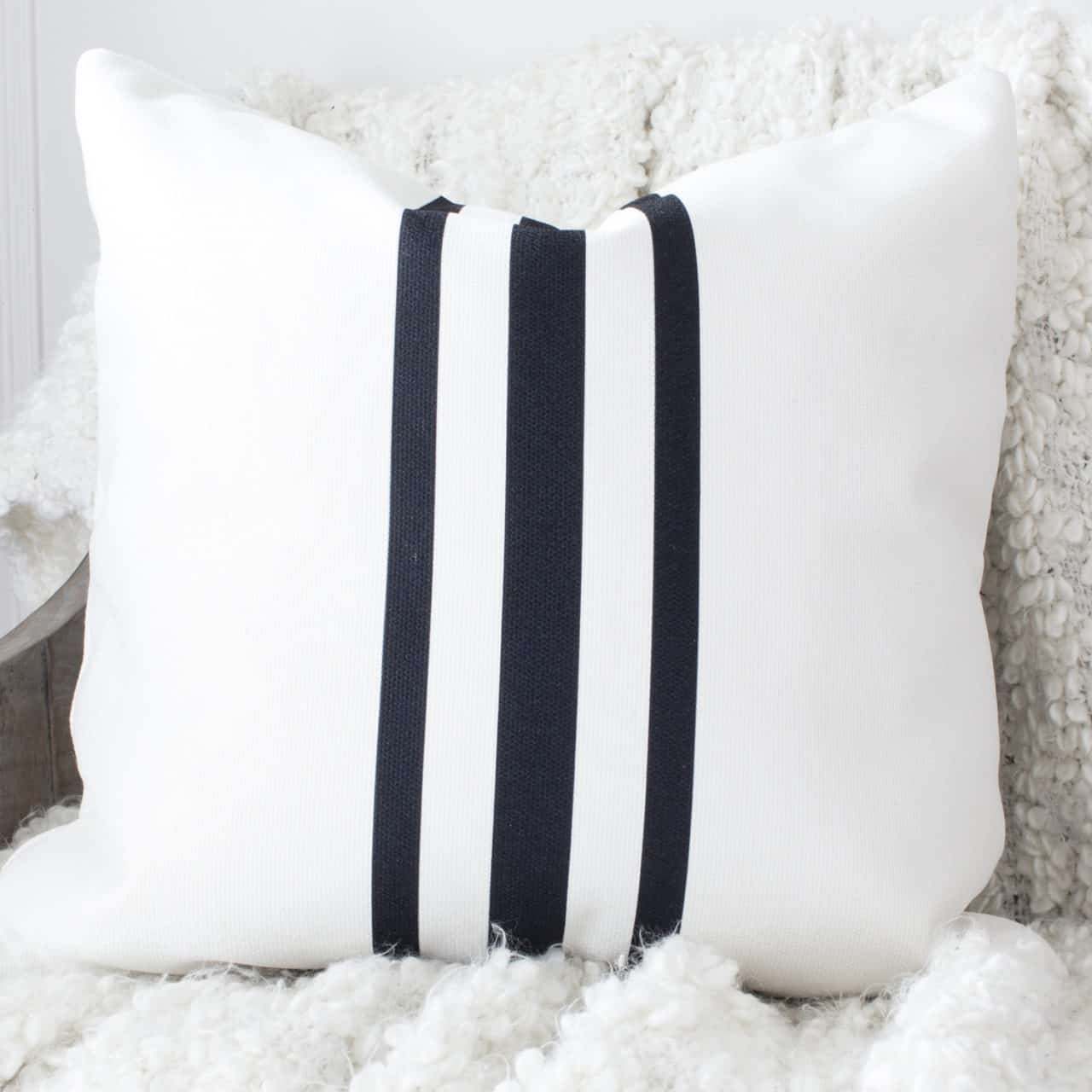 HML Collection pillows grain sack stripe