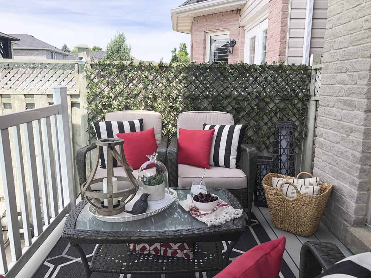 deck space with trellis