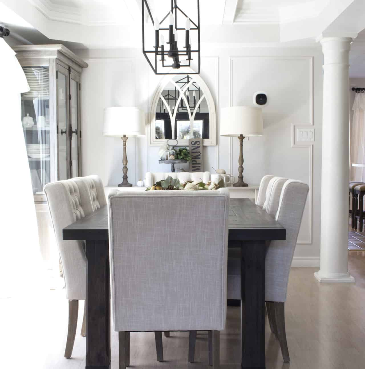 farmhouse neutral dining room fall