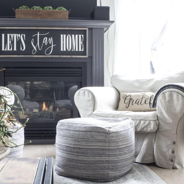 simple fall living room fireplace