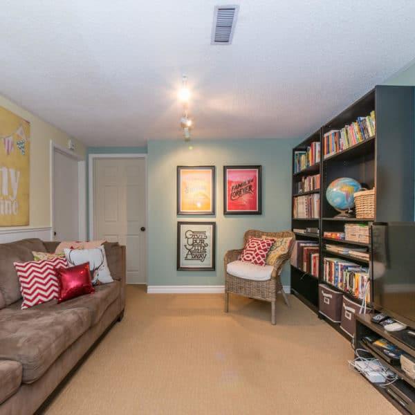 Backsplit Family Room
