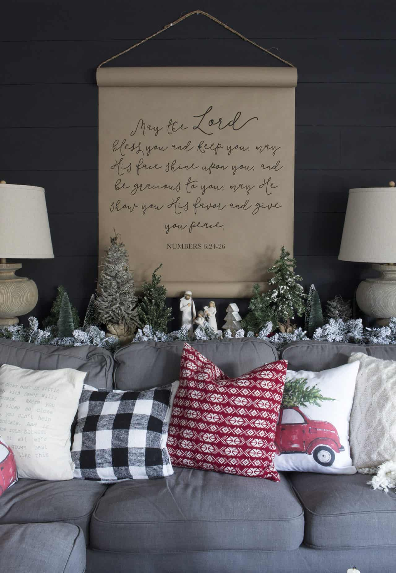Farmhouse Christmas Living Room That Will Make You Want to Cozy Up