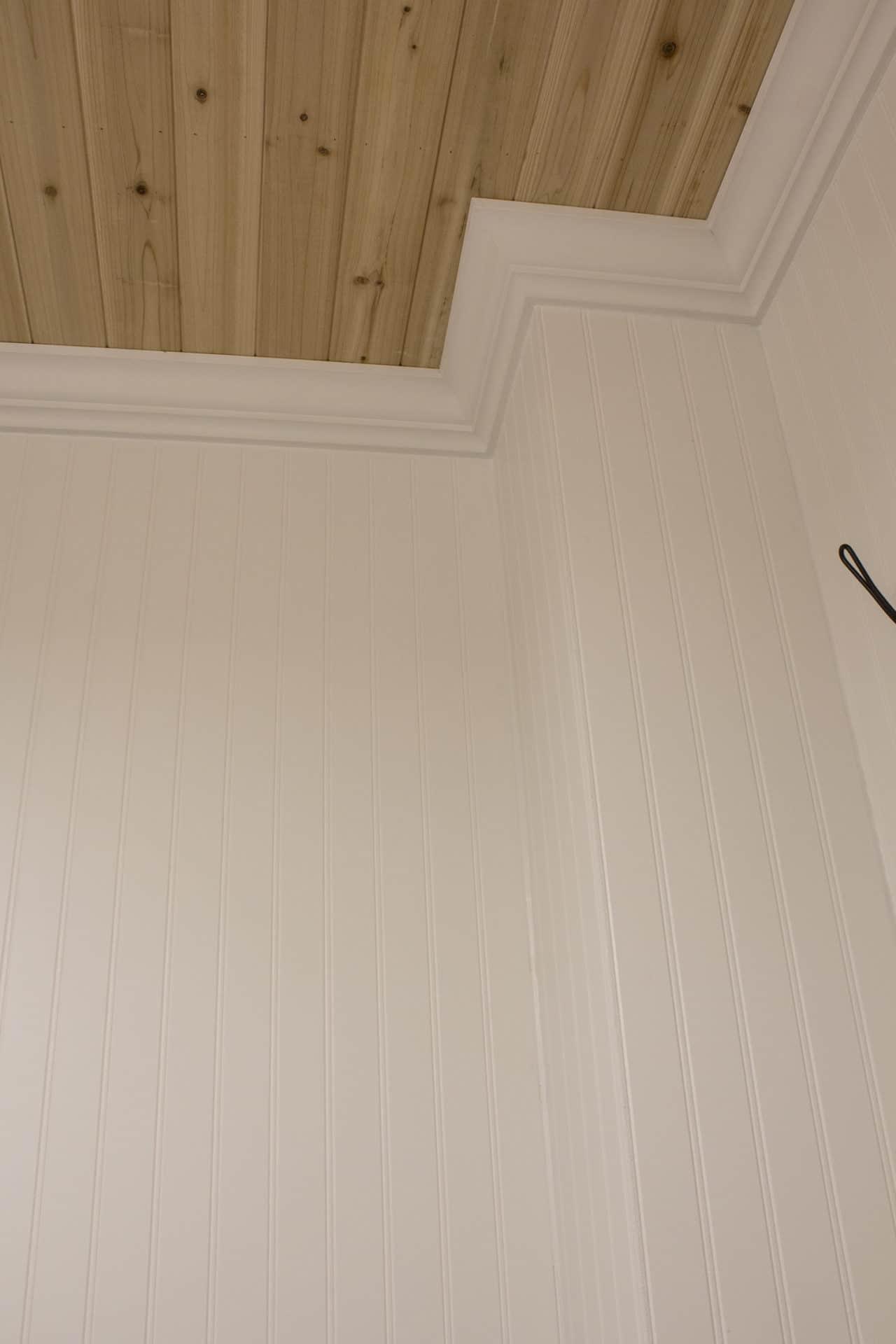beadboard, crown molding, cedar ceiling detail