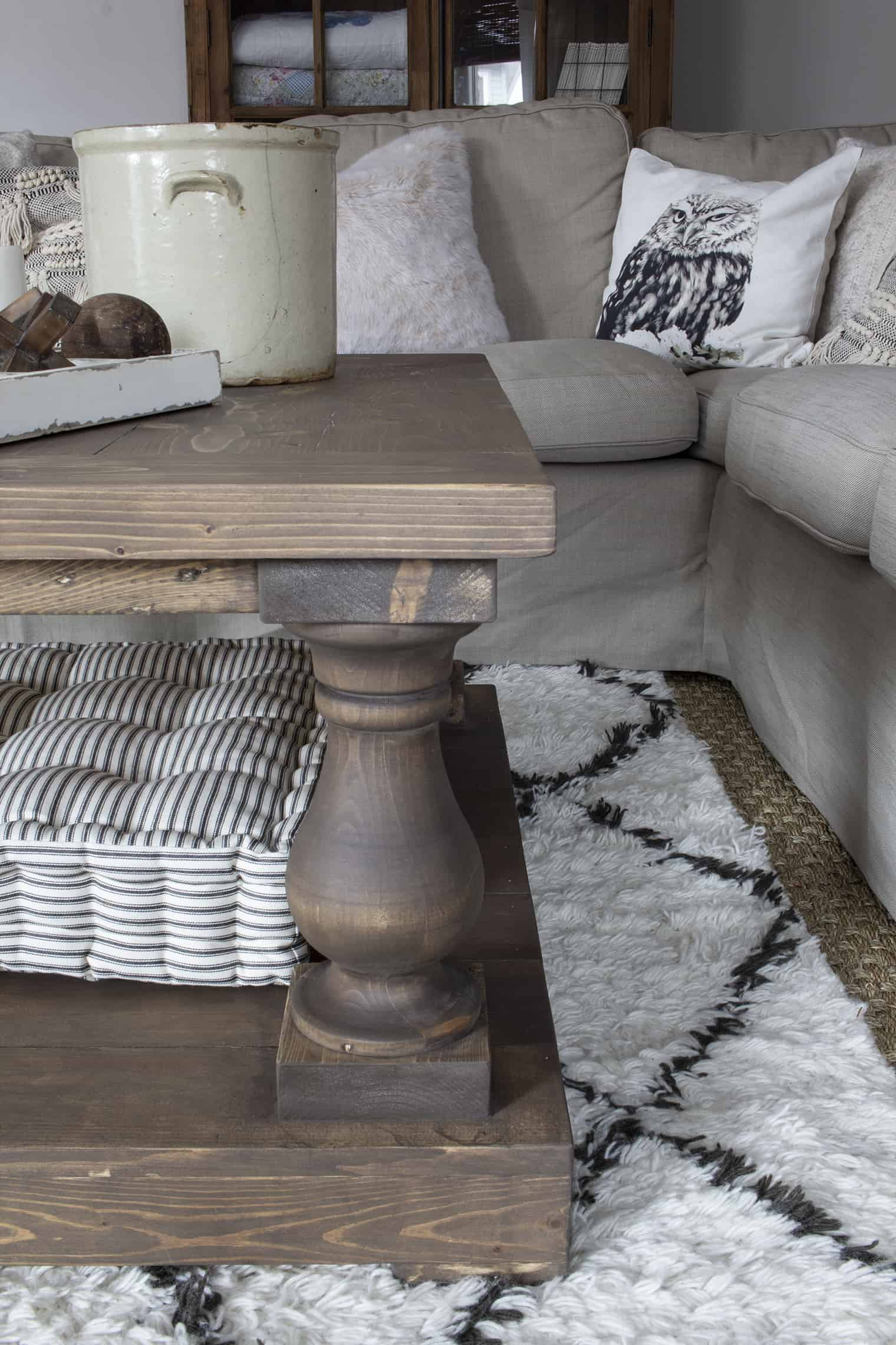 balustrade coffee table leg