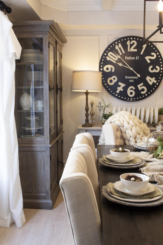 cozy neutral farmhouse dining room