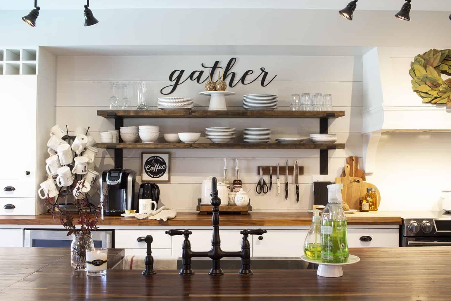 kitchen open shelves fall