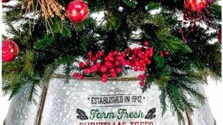 Farmhouse Christmas Tree Collar