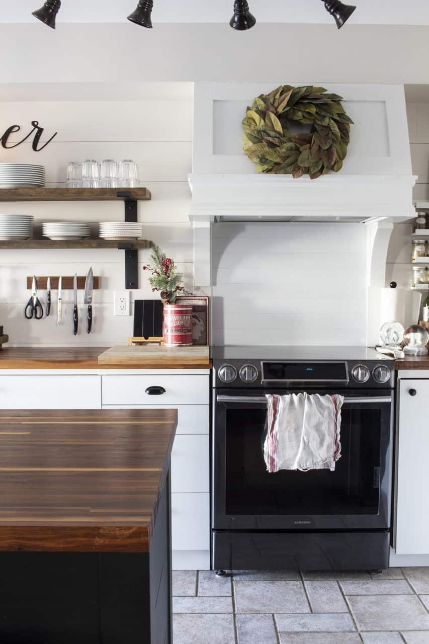 black and white kitchen shiplap backsplash