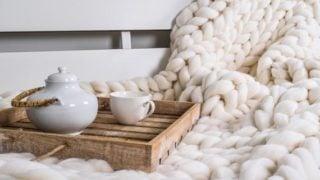 Chunky throw Wool blanket 100 % merino wool