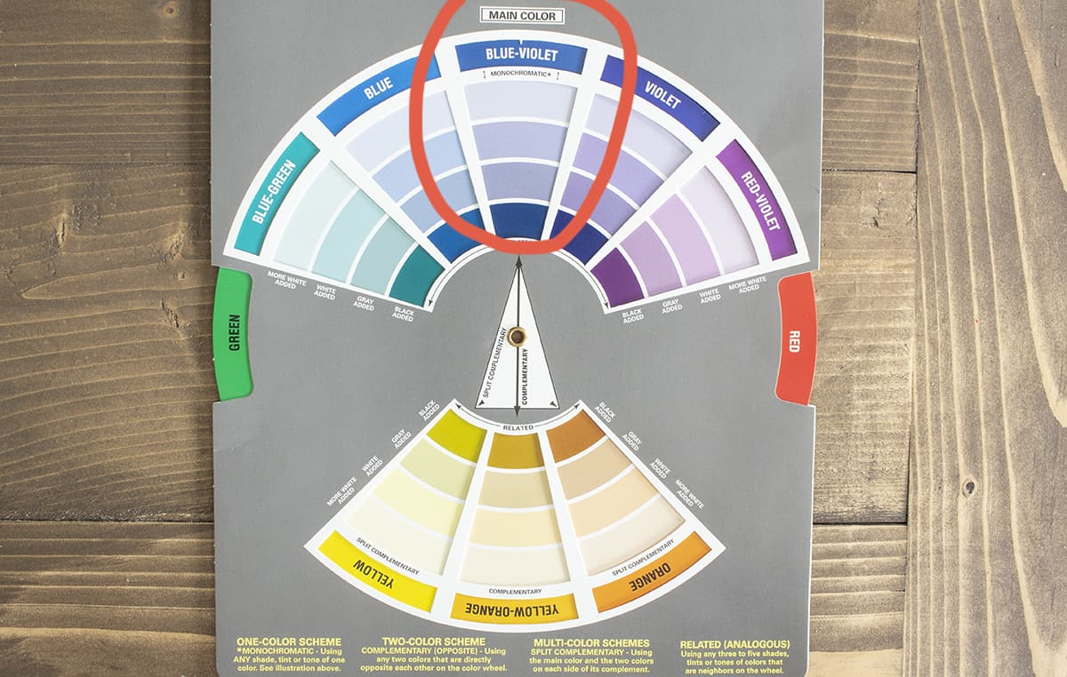 color wheel for decorating showing a monochromatic color scheme of blue-violet
