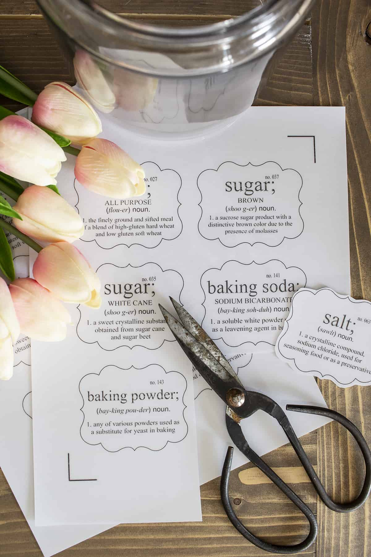 diy pantry labels with scissors and tulips