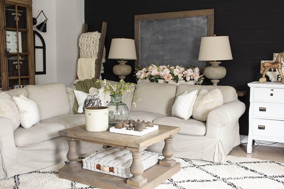Home Made Lovely Spring Living room