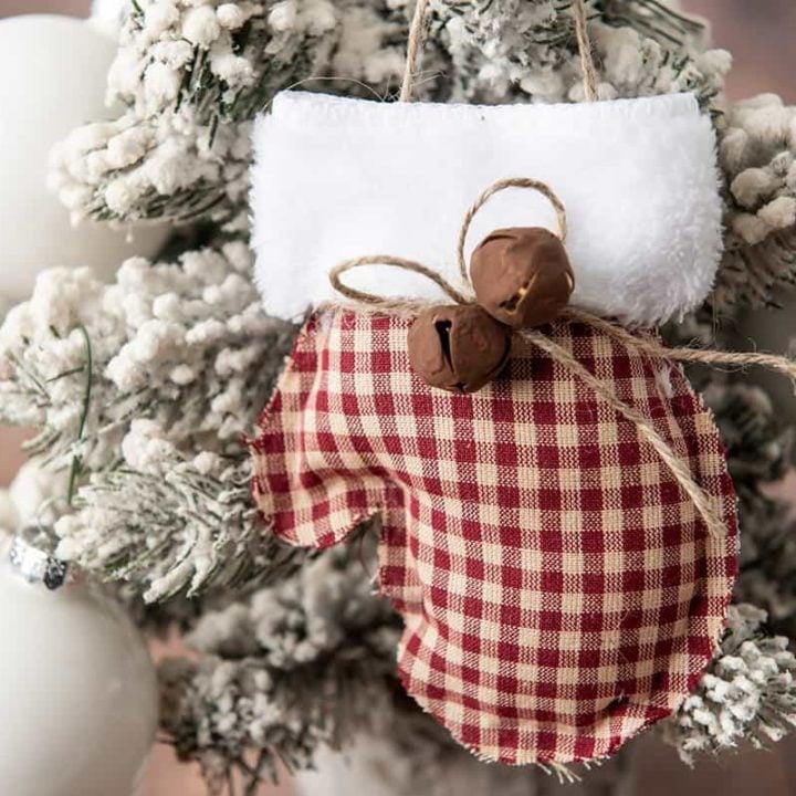 rustic no-sew mitten ornament farmhouse style