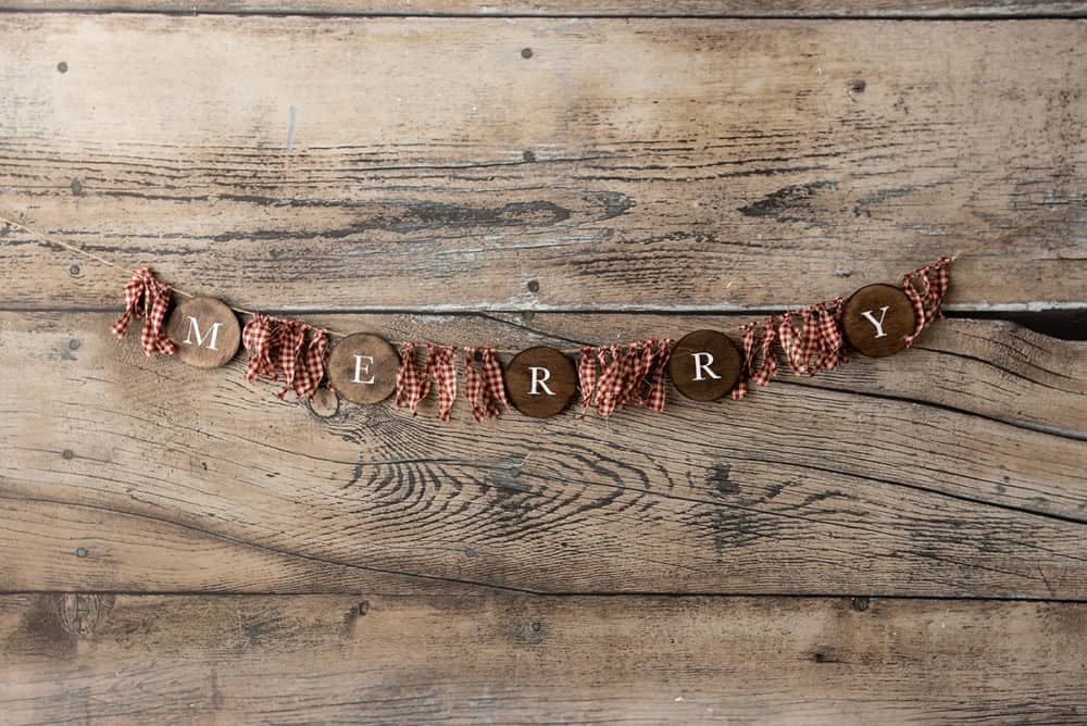 rustic wood rounds merry banner